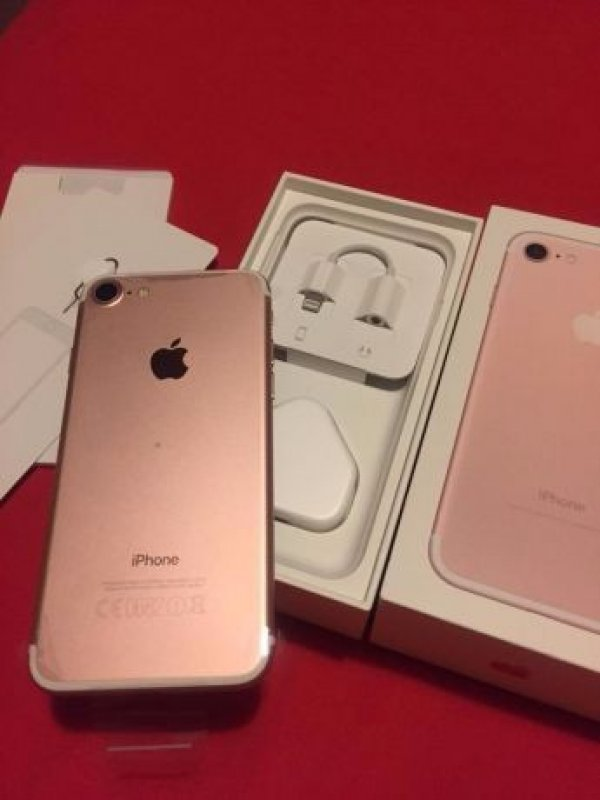 Apple iPhone 8/ 7 and 7 plus brand new
