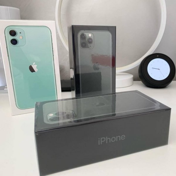 Apple iPhone 11 Pro,iPhone X All Sealed